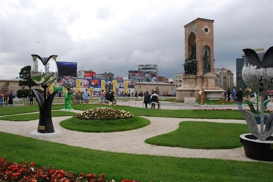 Taksim Turkey  City new picture : Taksim Square Istanbul, Turkey : Top Tips Before You Go TripAdvisor