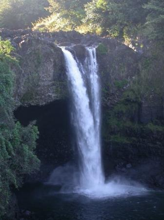 Hilo, ฮาวาย: Rainbow Falls