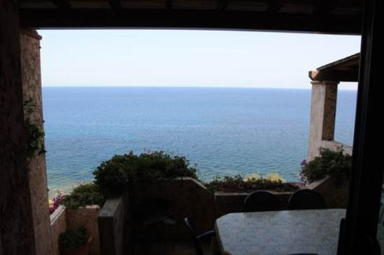 Corallo Vacanze: The view from our House there