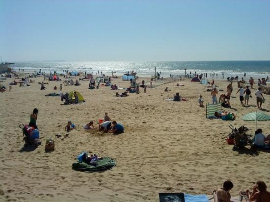 Bournemouth Beach: Bournemouth at 9:20am