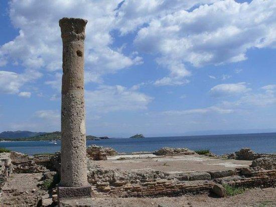 Pula, Italia: L?antica città fenicia e poi romana di Nora.
