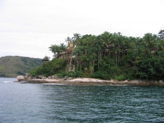 เมือง Paraty: Baie de Paraty  sur la costa verde (côte verte, dans l'État de Rio de Janeiro au Brésil)