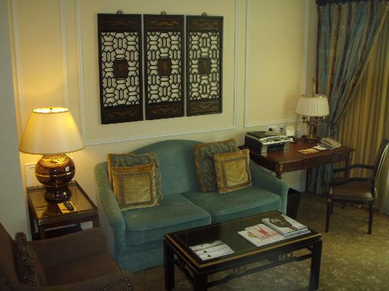 โรงแรมเดอะเวเนเชี่ยน มาเก๊า รีสอร์ท: Seperate sitting area