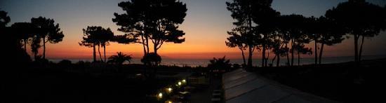 Lucciana, France: Vue panoramique du lever de soleil