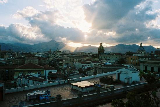 Ambasciatori Hotel : Palermo from the terrace