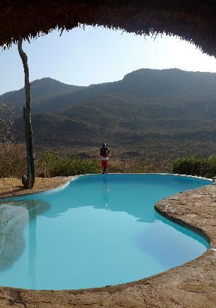 Il Ngwesi Lodge: Spectacular swimming pool