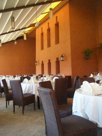 SENTIDO Kenzi Menara Palace: Terrasse petit déjeuner