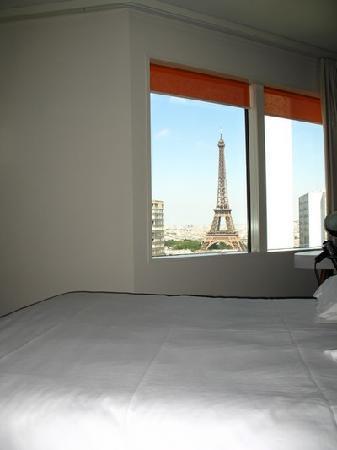 อดาจิโอ ปารีส ตูร์ เอฟแฟล์: Eiffel Tower in your bed !