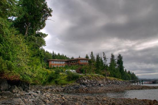 Salmon Falls Resort
