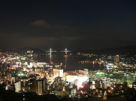 Nagasaki Nisshokan: お部屋からの夜景