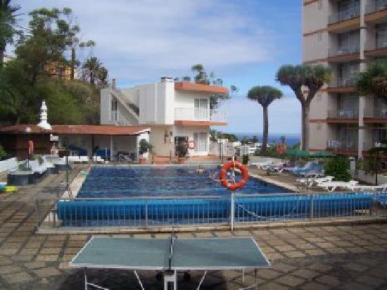 Parque Vacacional Eden: piscina