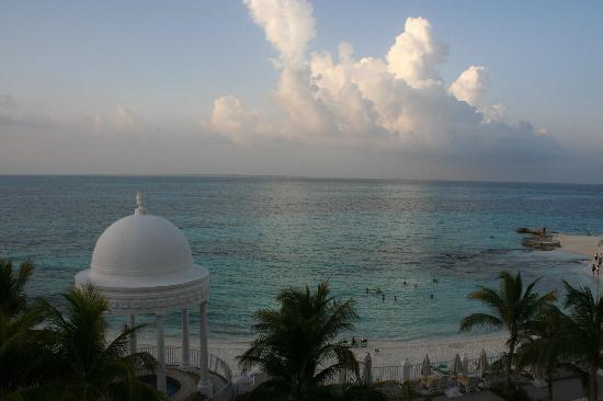 Hotel Riu Palace Las Americas: View from room.