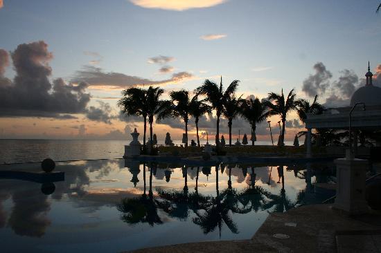Hotel Riu Palace Las Americas: Pool