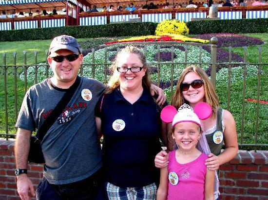 Best Western Plus Stovall's Inn: My family at Disneyland