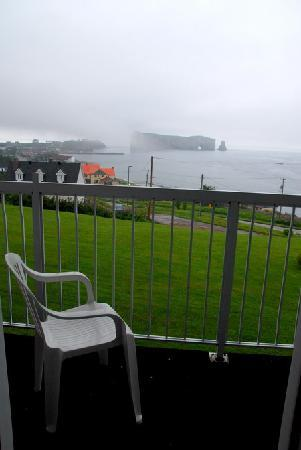 Le Mirage : View of the Rocher Percé from our room