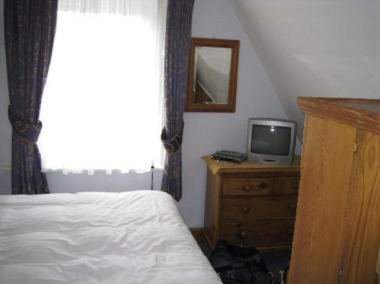 The Winter Dene: bedroom