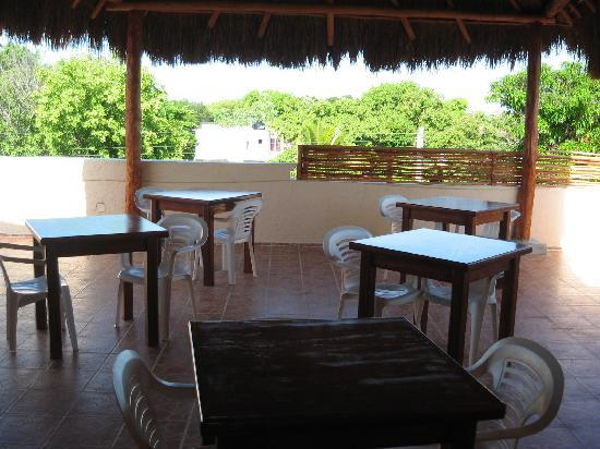 Posada Luna del Sur: Breakfast eating area