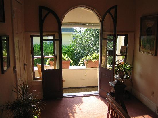 The Corner House: Balcony