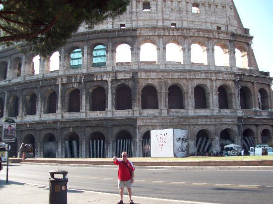 City Wonders: Outside the Colosseum