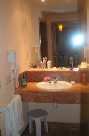 Zafiro Can Picafort: Sink Area