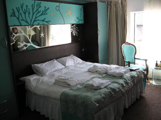 Warner Leisure Hotels Sinah Warren Hotel: Signature room - view 1