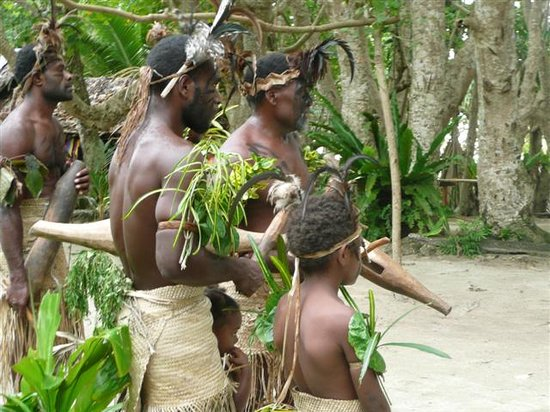 Port Vila, Vanuatu: Village Dance demonstration