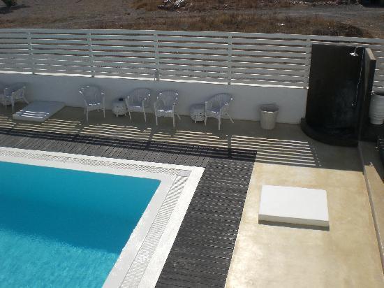Villa Markezinis: Zona piscina