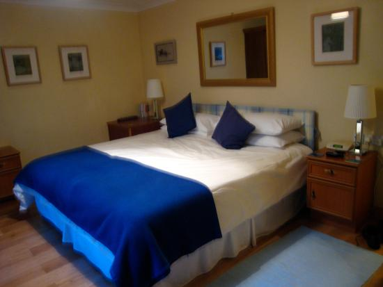 Montague Guest House: The comfy bed