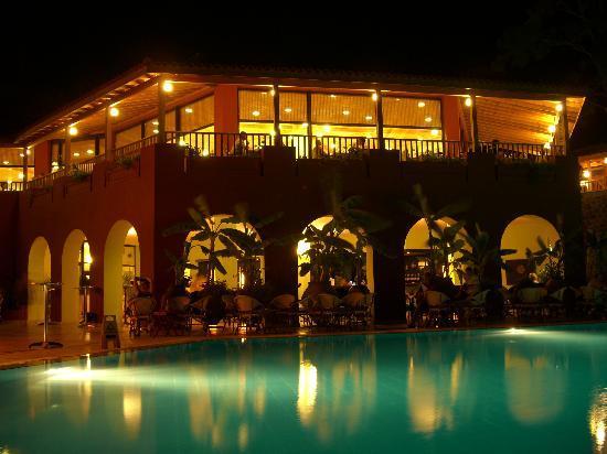 TUI SENSIMAR Marmaris Imperial Hotel: 'Wunderbar' at night