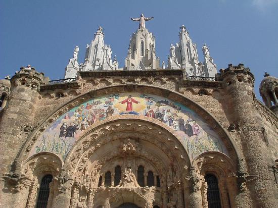 Barcelona, Spanien: Cathedrals at Tibidabo