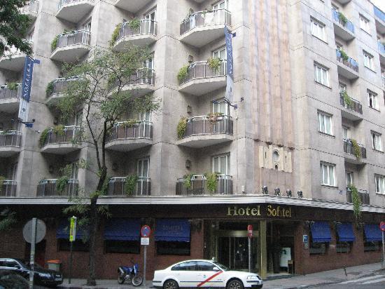 Mercure Madrid Plaza de Espana: Facade