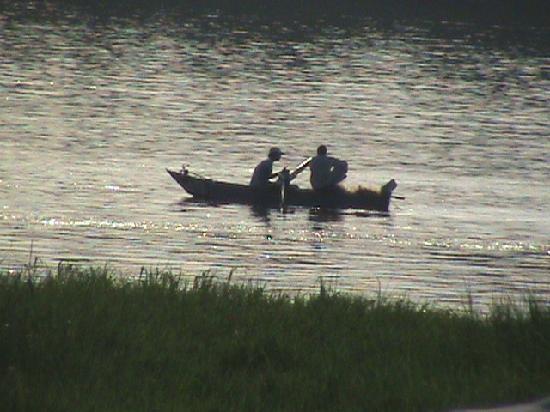 มาริทิม โจลี วิลล์ คิงส์ ไอส์แลนด์ ลูเซอร์: fishing boats