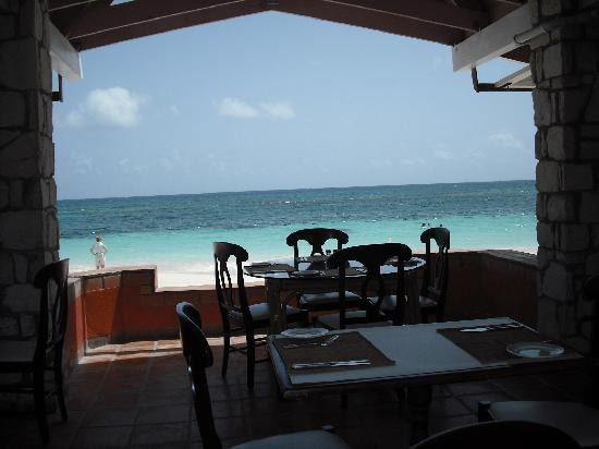 Pineapple Beach Club Antigua: view from open air restaurant