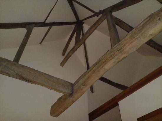 Padley Farm: The beautiful exposed beams!