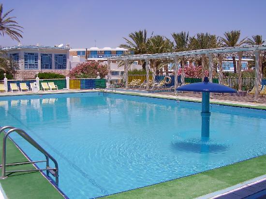 Γκαμπές, Τυνησία: piscine