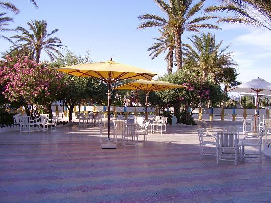 Gabes, Tunisia: terrasse