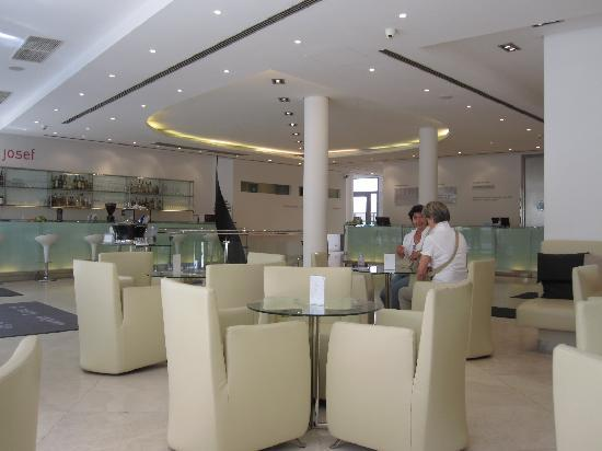 Lobby lounge picture of design hotel josef prague for Design hotel josef prague tripadvisor