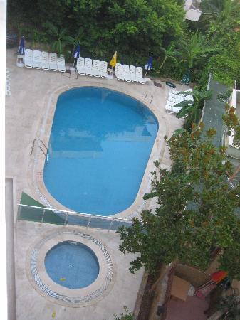 Mitos App & Hotel: View of the pool
