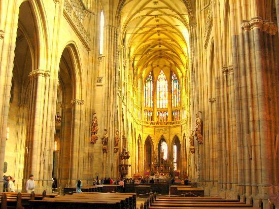 มหาวิหารเซนต์วิตุส: St. Vitus