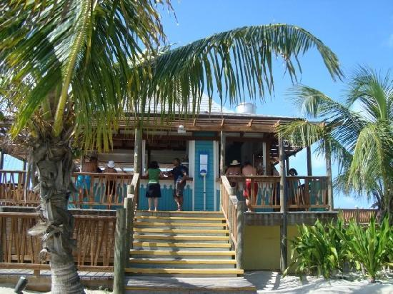 "Club Med Columbus Isle: El Bar de la Playa ""Bar Azul"""