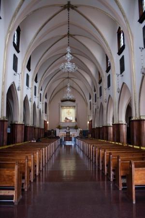 Mount Monserrate: Iglesia