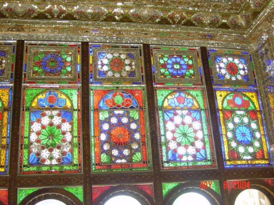 Shiraz, Oh windows, Windows of heaven