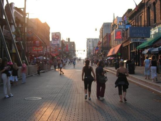 MEMPHIS 2007: BEALE STREET, MAGNIFICA...