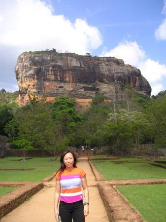 ป้อมสิกิริยา หินสิงห์โต: Sri Lanka