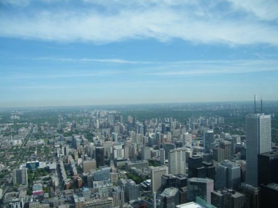โตรอนโต, แคนาดา: Part of Toronto from the CN Tower