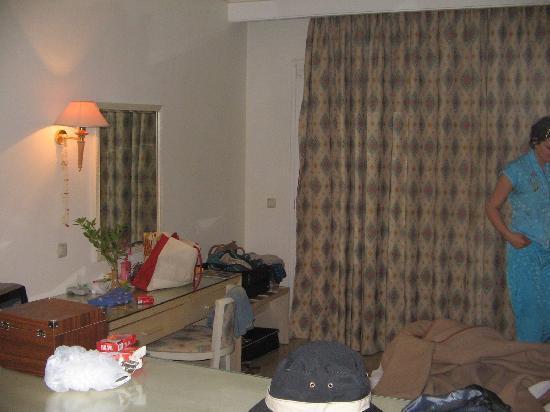 Aparthotel Royale Residence : room