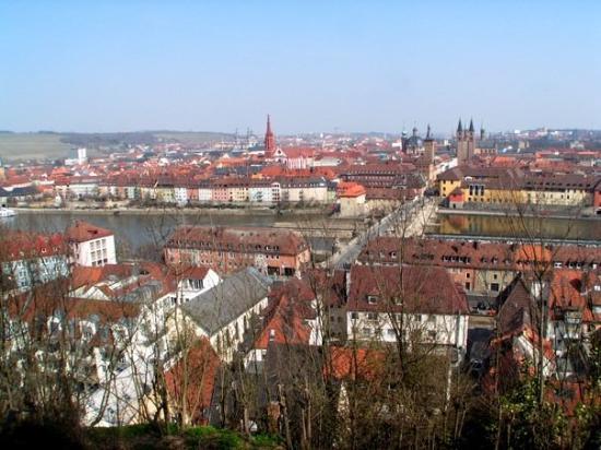 วอร์ซบูร์ก , เยอรมนี: 符茲堡 (Würzburg) 的古城景色