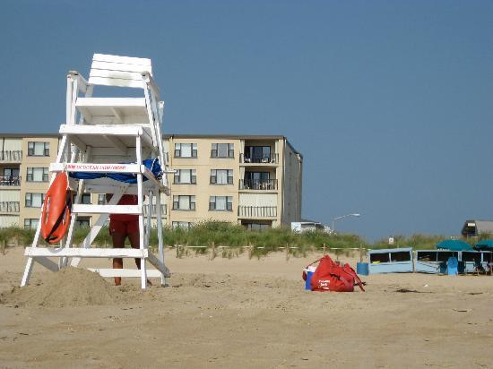 BEST WESTERN Ocean City Hotel & Suites: We usead access at 56th St. which had lifeguard, umbrell/chair rental, area not crowded. 8/18/09