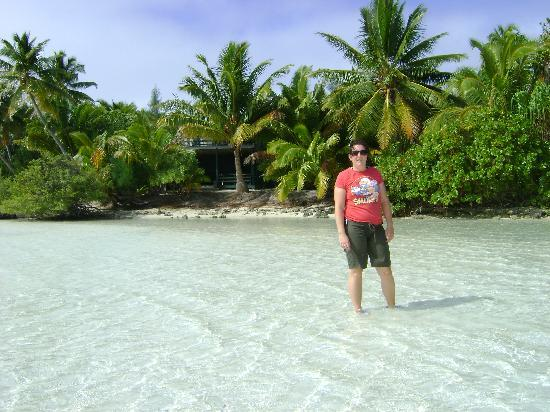 Aitutaki, Îles Cook : Me infront of mcbirney house