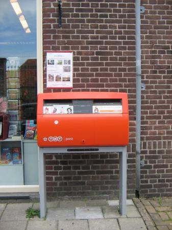 Edam, เนเธอร์แลนด์: Post box Netherlands
